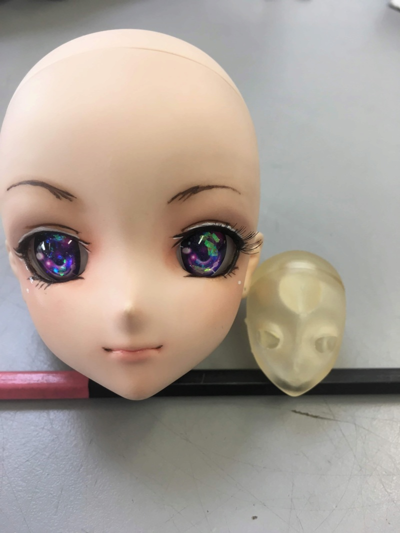 [OC] J'ai rétréci la doll : la tete viens d'etre makeupé !!  F37d1610