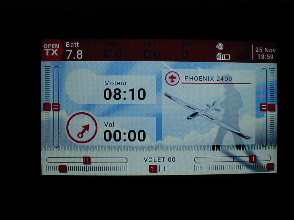 affichage tension batterie emetteur Horus x10s  P1010110