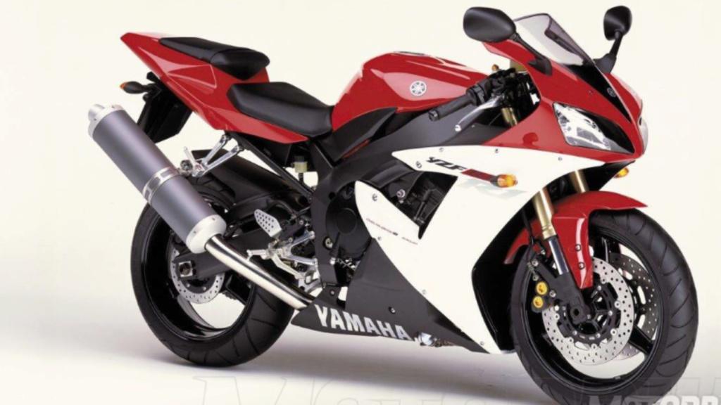Bomba de freno Yamaha R1 E732c310