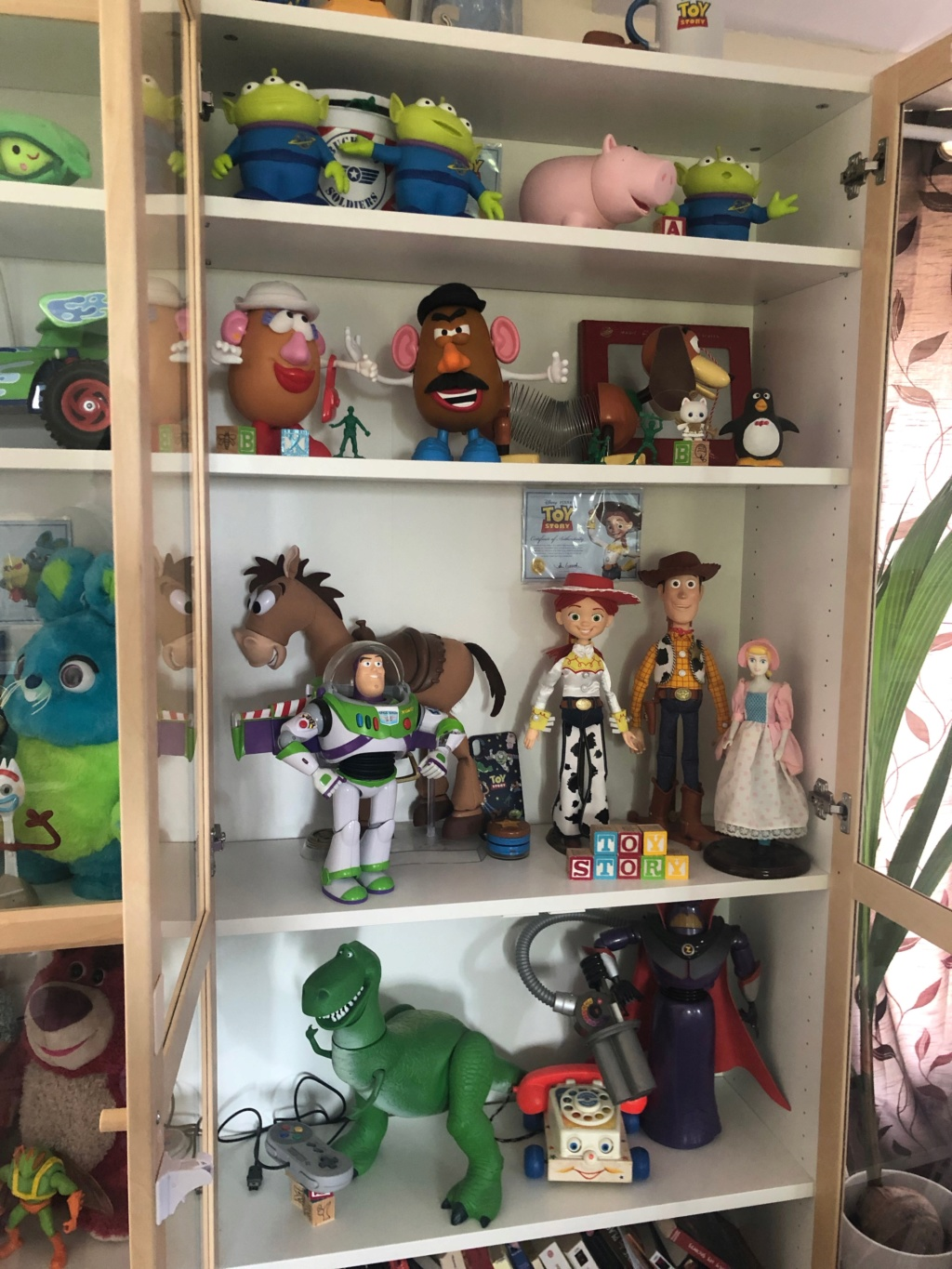 Toy Story - Page 27 Img_2812