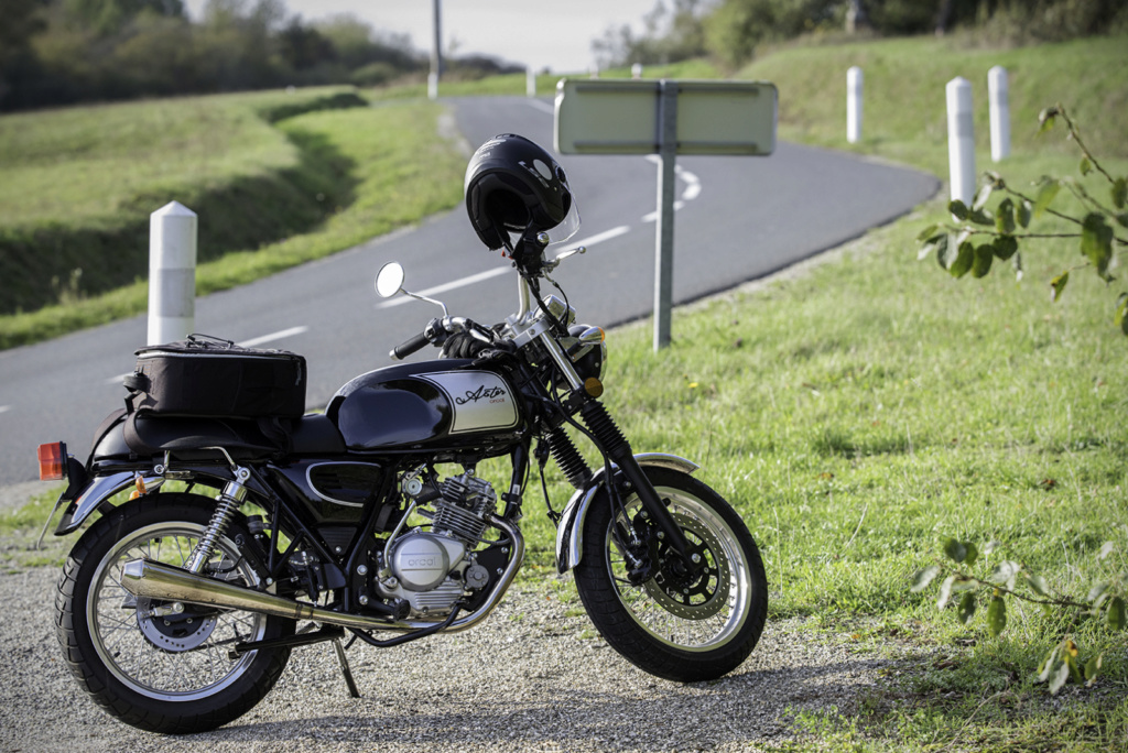 Ma modeste 125 cc Astor Orcal noir 125-as10