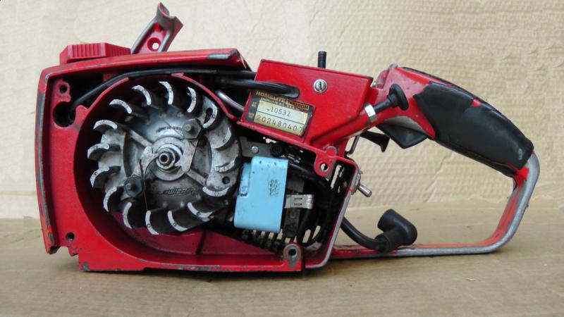 Homelite XL-Mini Automatic  avviamento difficoltoso 11_min11