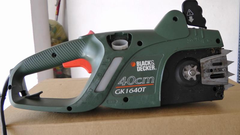 Elettrosega Black e Decker GK1640T come smontarla S2030010