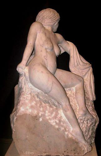 Pas à pas d'une Nymphe en marbre de Carrare Envoil12