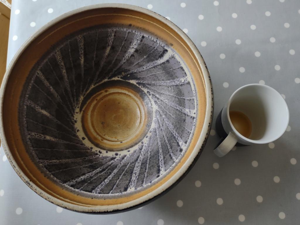 Very nice Cornish bowl (not Christine Bull)  Img_2015
