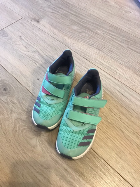 Продам обувь на девочку 29 размер Image010