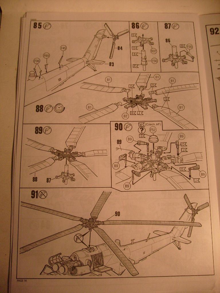 [Revell] Mil Mi-24 V Hind E au 72 eme S7300044