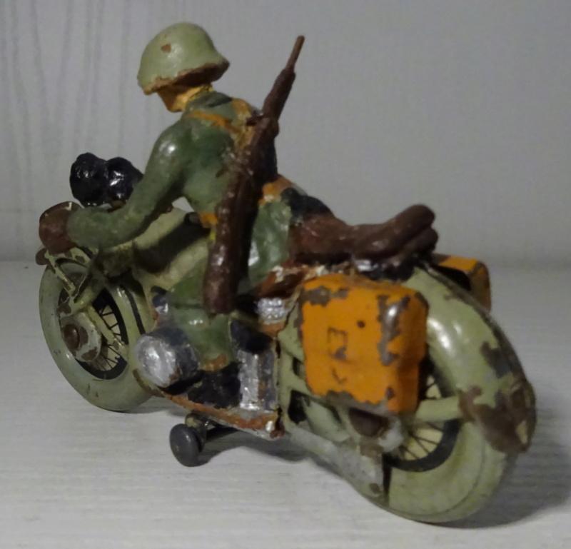ELASTOLIN motos Dsc00324