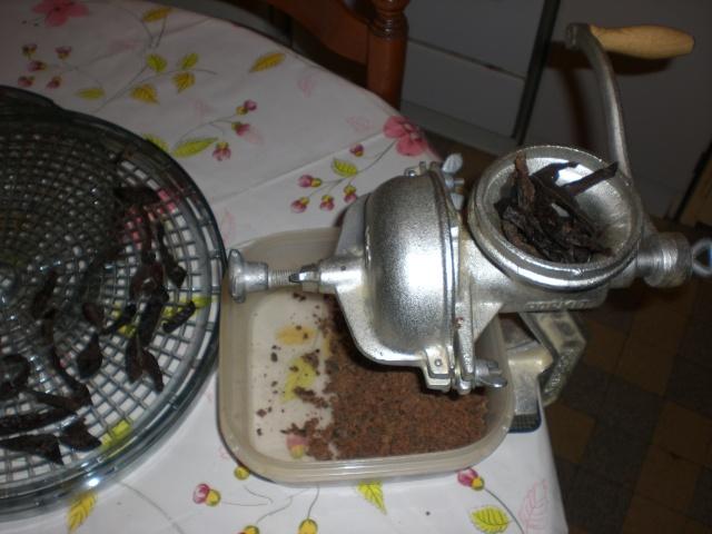 Farine ou poudre de foie - Page 3 Cimg1531