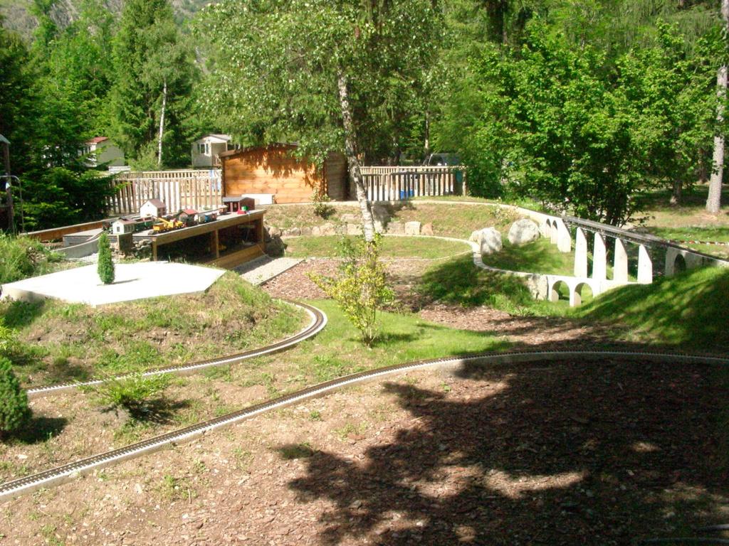 """rencontre modéliste en Ardèche le week-end des 26 et 27 Mai, au Parc """"Le Jardin des Trains Ardéchois"""". - Page 2 Pic_4810"""