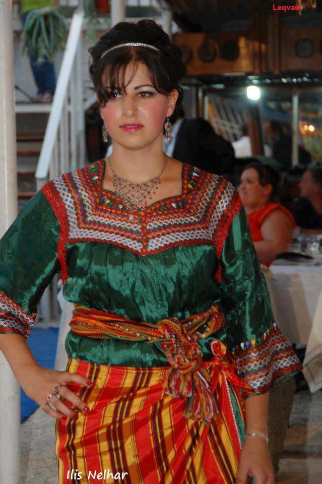 femmes kabyles! 1380111