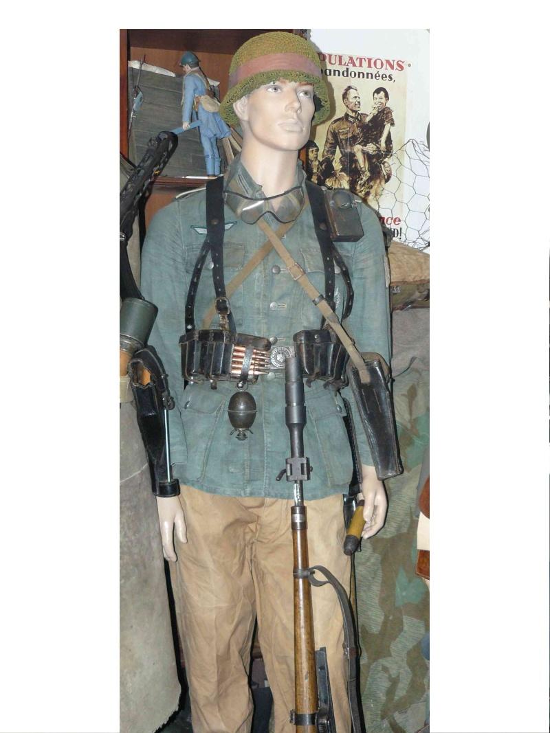 pantalon allemand pour mannequin sud de la france 1944 Alpes_10