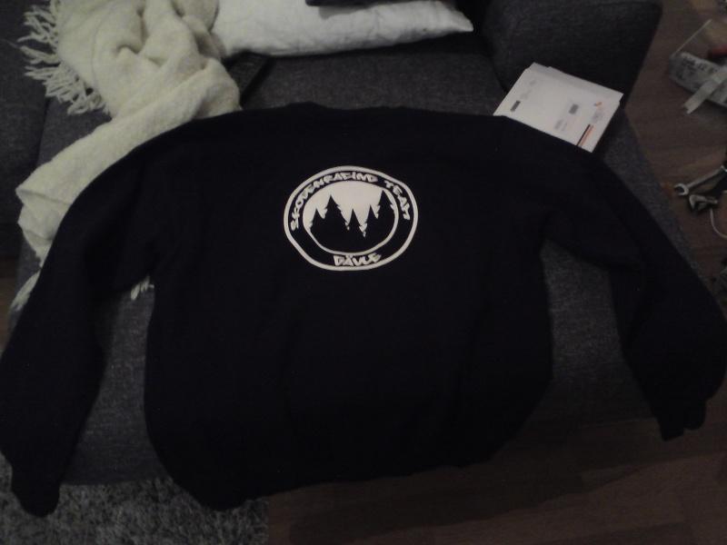 Beställning av Skogenracing Tröjor..(M,L, T-shirt finns kvar! 31/8) Dsc00513