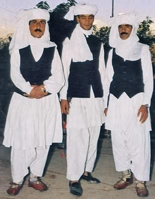 La tenue vestimentaire du bon musulman Peuple10
