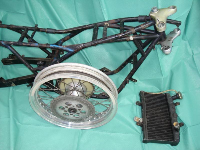 P'tit nouveau cherche l' origine de son chassis suz' GT Dsc00512