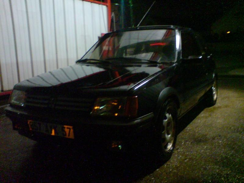 "[zephilou]  205 GTI  1.9L"" Noir 1991 (VENDU!!!) Dsc00313"