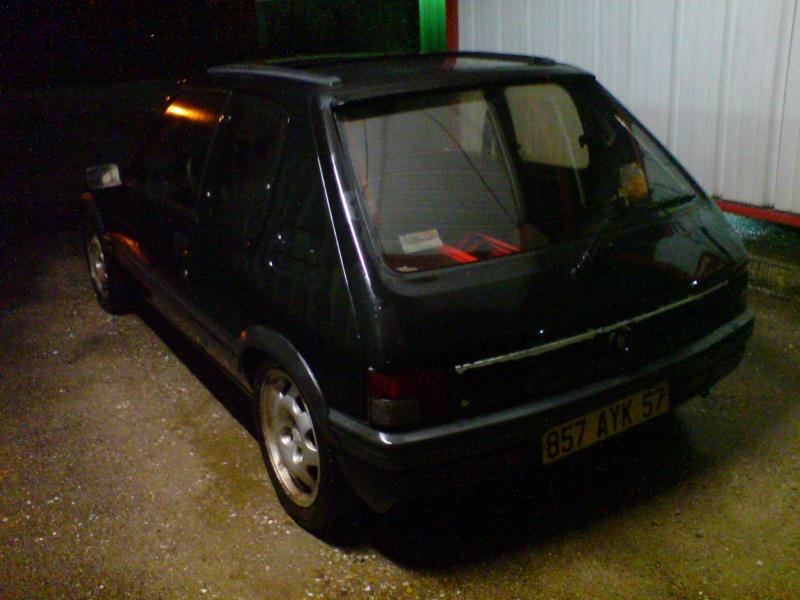 "[zephilou]  205 GTI  1.9L"" Noir 1991 (VENDU!!!) Dsc00314"