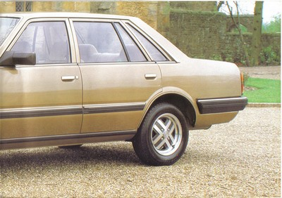Topic officiel DATSUN LAUREL 200L & 240L Laurel14