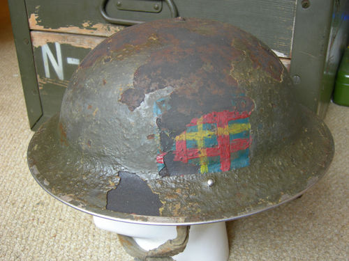 need help to identify this helmet combat unit T2ec1611
