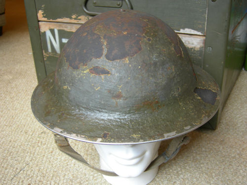 need help to identify this helmet combat unit T2ec1613