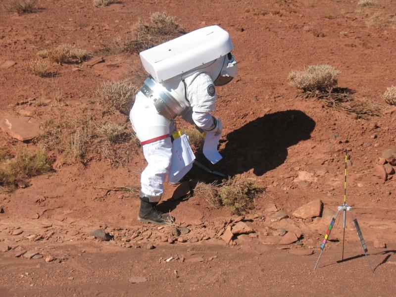 NASA : mobilité lunaire, rovers pressurisés et non pressurisés - Page 4 28489910