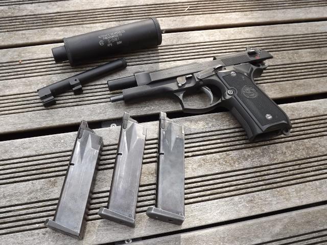 "Grips M9 ""Tomb Raider 2013"" Dscf3917"
