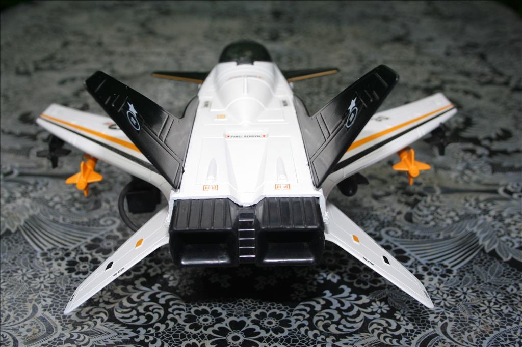 X-Striker 30 : Airplane ! Flying High Img_8945