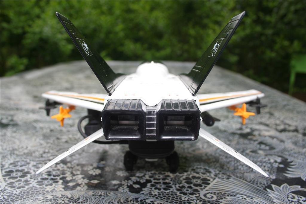 X-Striker 30 : Airplane ! Flying High Img_8955