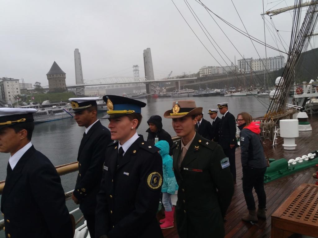 [Les ports militaires de métropole] Port de BREST - TOME 3 - Page 11 20191016