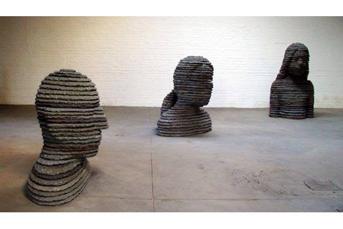 Une sculpture / un sculpteur en passant Aa157