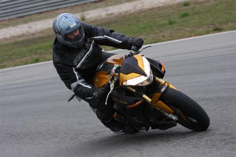 canneton et sa café racer 2007 Img_8611