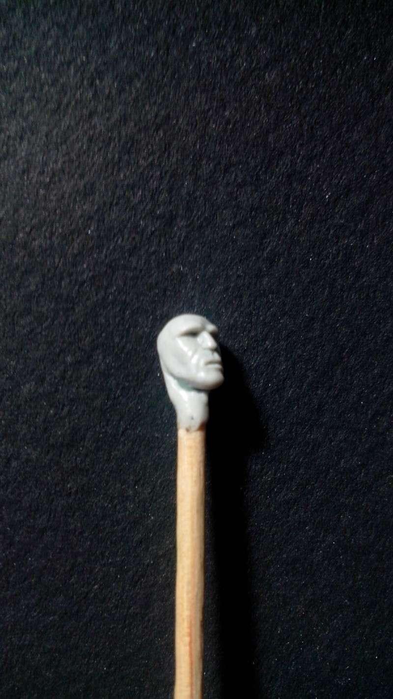 Figurine assassin - fabrication maison Img_2011