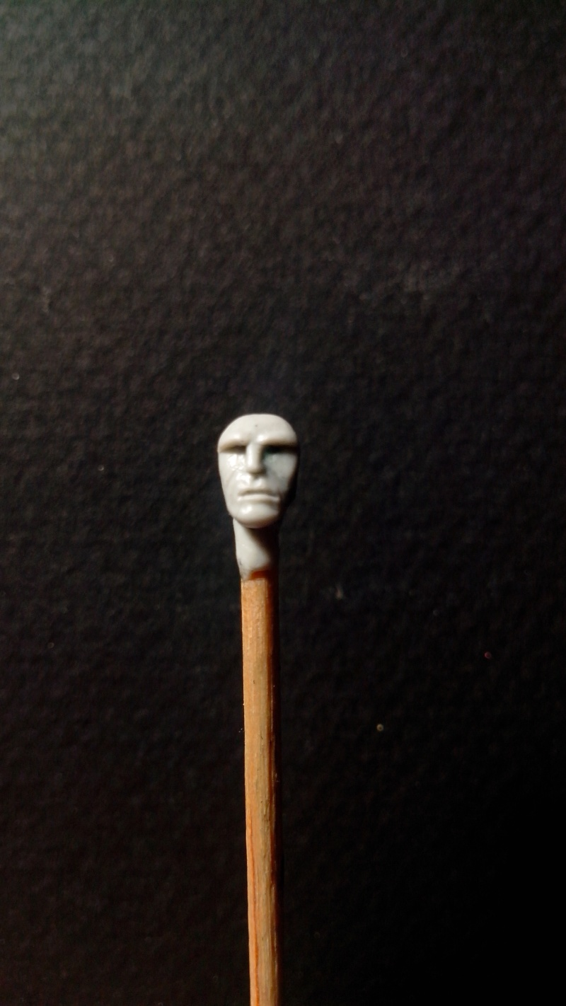 Figurine assassin - fabrication maison Img_2012