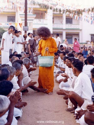 Sathya Sai ~ His teachings Divine10