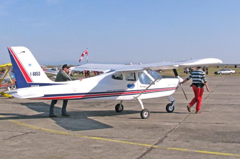 Avioane de agrement - Pagina 2 Pictu125