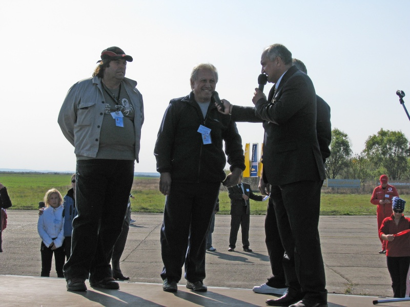 Miting aviatic Satu-Mare - 19 octombrie 2008 - Pagina 2 Pictur82