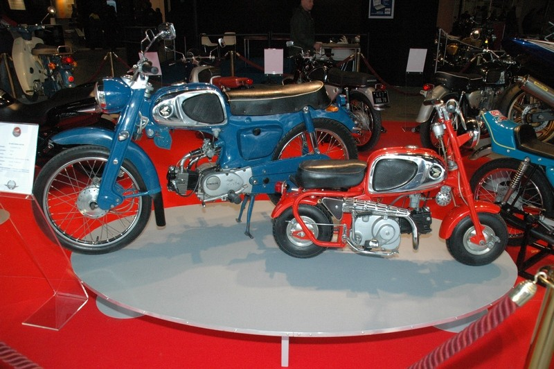 salons motos légendes le 21/22/23 novembre - Page 3 Nov20018