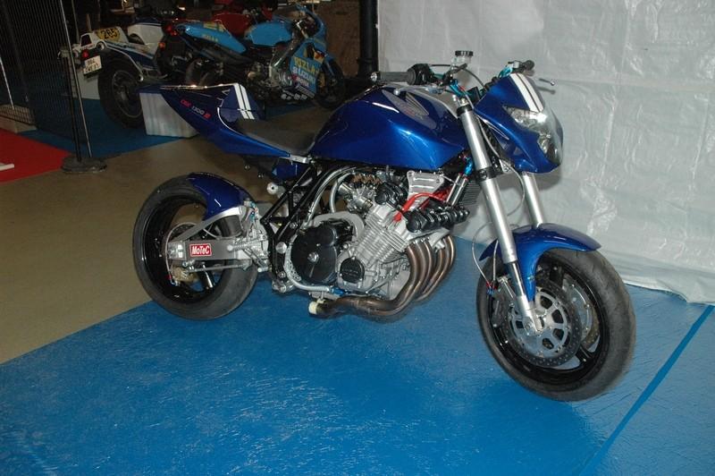 salons motos légendes le 21/22/23 novembre - Page 3 Nov20027