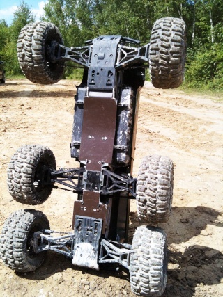 """HPI Savage 6 roues chassis """"Patoch Racing"""" - Page 2 Img_0411"""