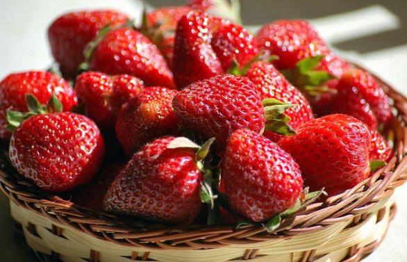 Fruits de saison  48484911