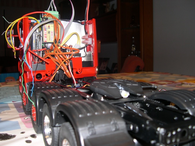 SCANIA TOPLINE R-580 CUATRO PATAS - Página 4 Dscn1763