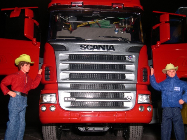 SCANIA TOPLINE R-580 CUATRO PATAS - Página 5 Dscn1772