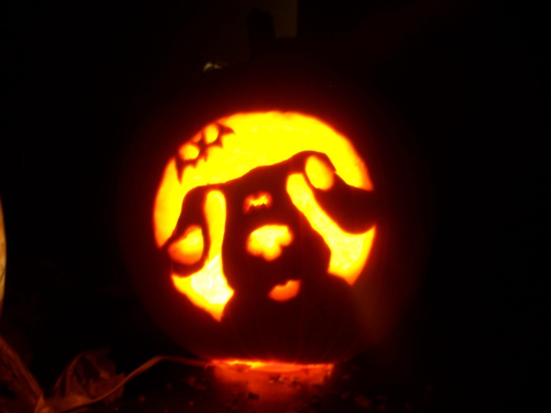 pics of pumpkins me and my wife did tonight 11/29 100_1211
