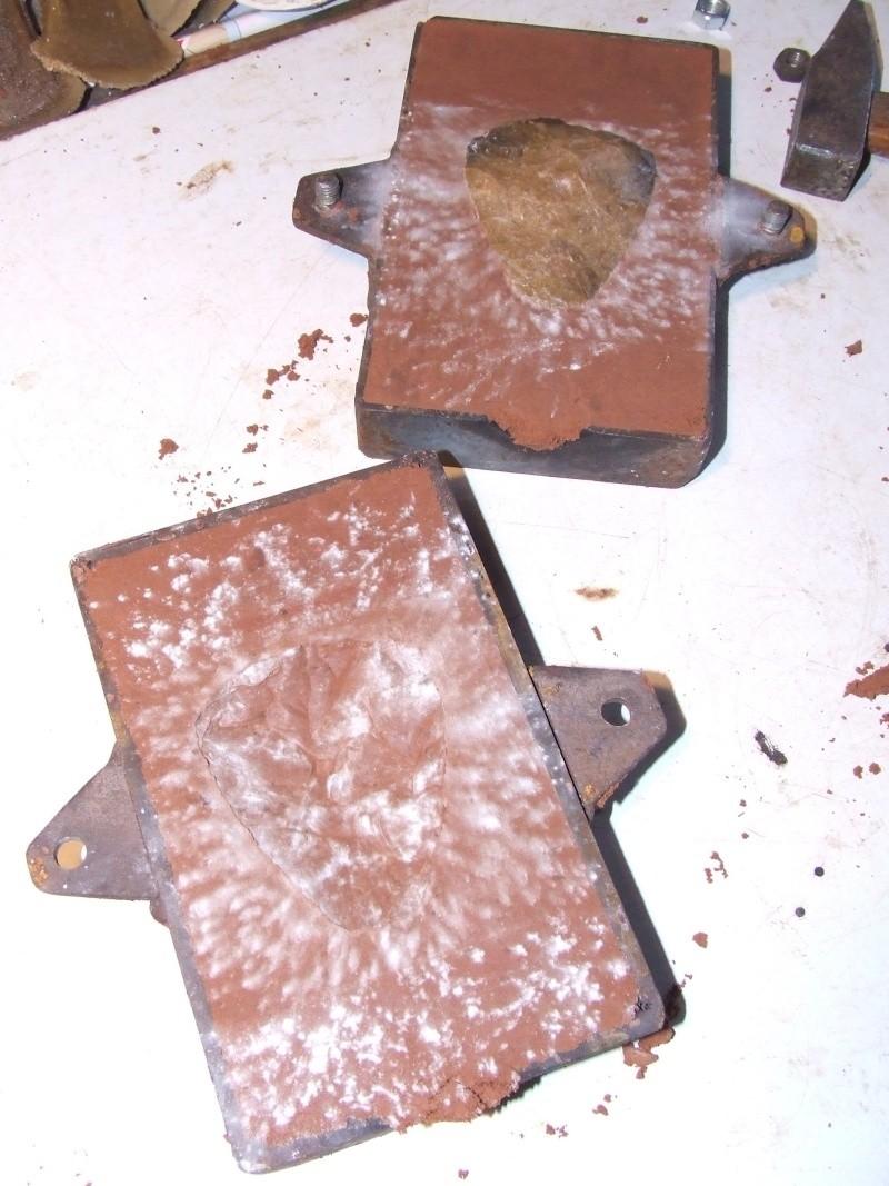 moule en bronze - Page 3 910