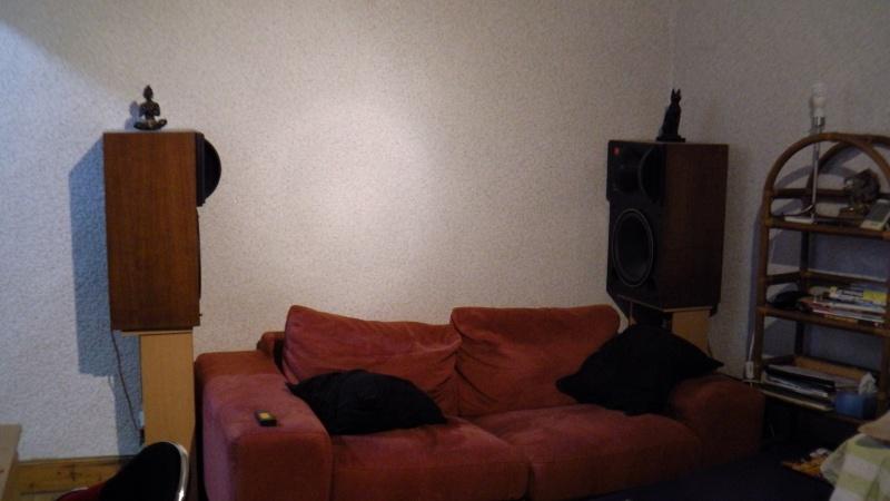 L'installation Home-Cinéma Full-JBL du père Françouè - Page 3 01011
