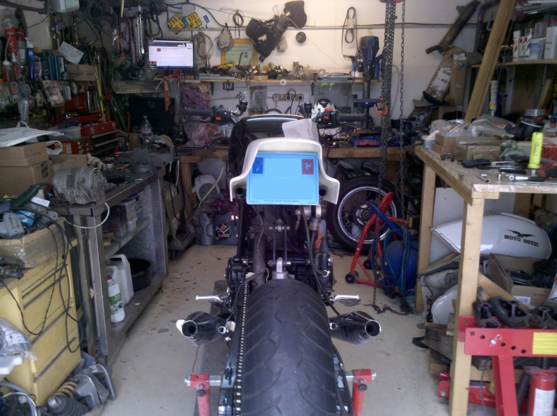 Reconstruction de ma 900ss-->transfo en Dirt Fighter P 15 ! - Page 10 2013-027