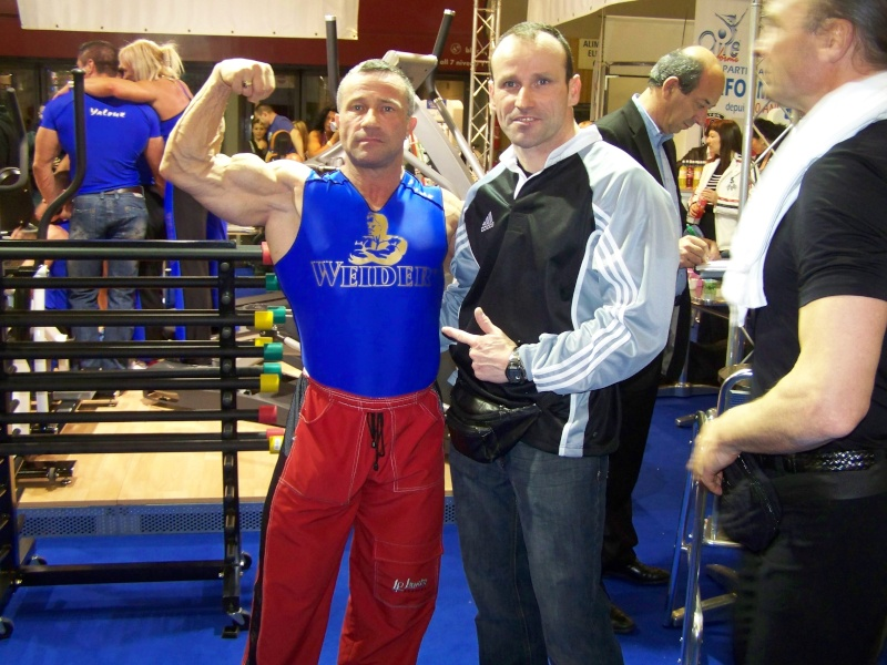 fitness - PHOTOS DU SALON BODY FITNESS 2008 - Page 7 10014310