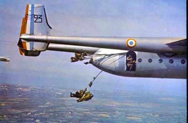 Noratlas n° 23 - Mise en sevice le 4 mai 1954 - hors service le 10 août 1981 Noratl11
