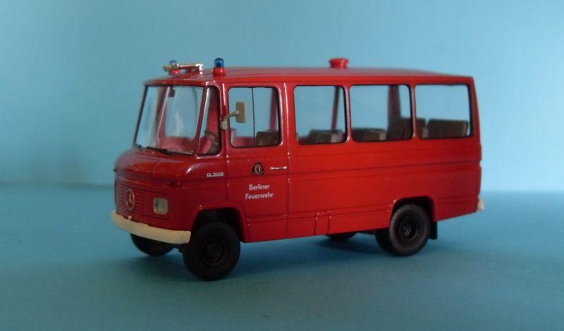 John - Meine BLAULICHTSAMMLUNG / MB O 309 Berliner Feuerwehr 1:87 Sdc14012