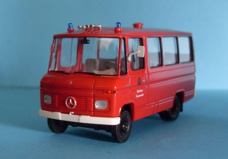 John - Meine BLAULICHTSAMMLUNG / MB O 309 Berliner Feuerwehr 1:87 Sdc14013